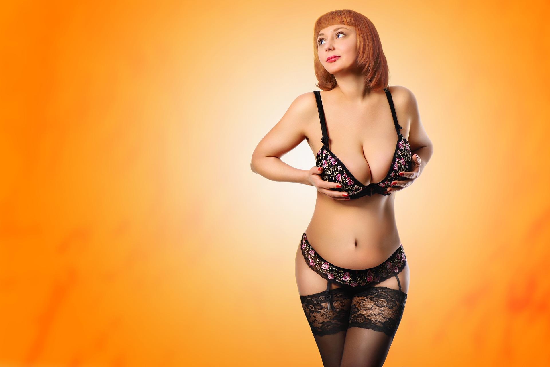 Pourquoi les hommes aiment les gros seins ?